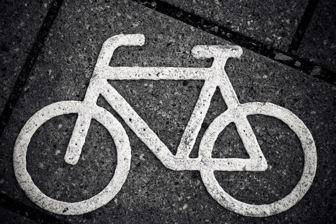 bike-1778717_1920.jpg